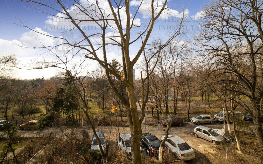 2 camere cu vedere la Parcul Circului, etaj 2, bloc reabilitat, zona Floreasca